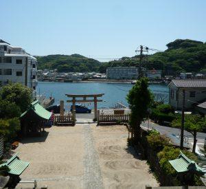 東叶神社 水路を望む